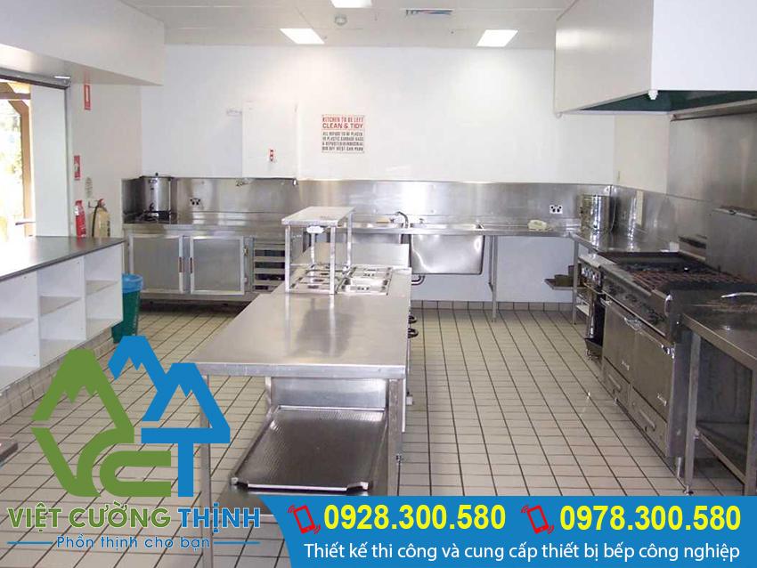 Cung cấp bàn bếp công nghiệp giá rẻ tại Tp.HCM