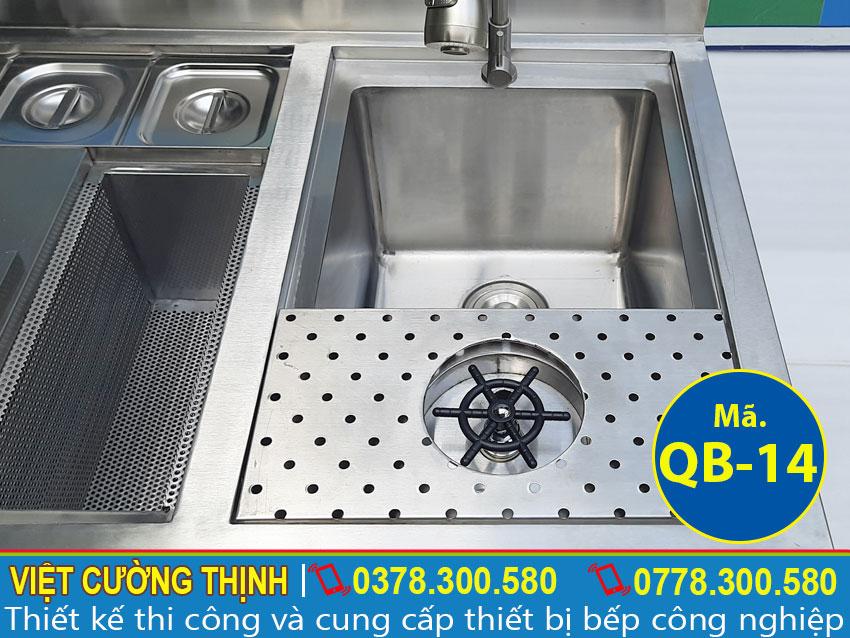 Vòi xả được làm từ chất liệu inox 304
