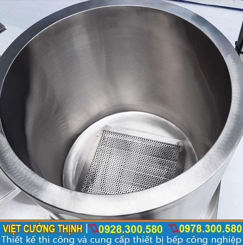 Chi tiết bên trong bộ nồi điện nấu phở 30-60L. Toàn bộ thân bộ 2 nồi nấu phở bằng điện 30L-60L. Với 2 lớp inox dày 1mm, ở giữ là lớp foam cách nhiệt 3cm. Giúp giữ nhiệt hiệu quả.