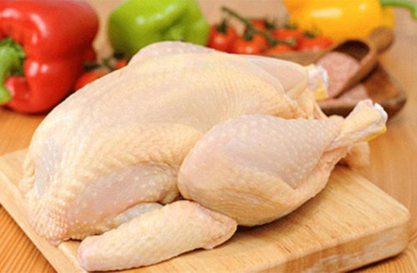 Cách lựa gà chất lượng để nấu món hủ tiếu gà thơm ngon