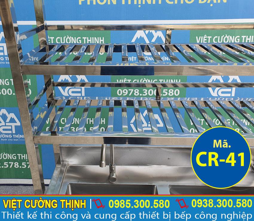 Khung kệ chậu rửa inox CR-41 được gia công chắc chắn chứa được nhiều vật dụng